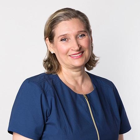 Lucy Slivinskaya headshot